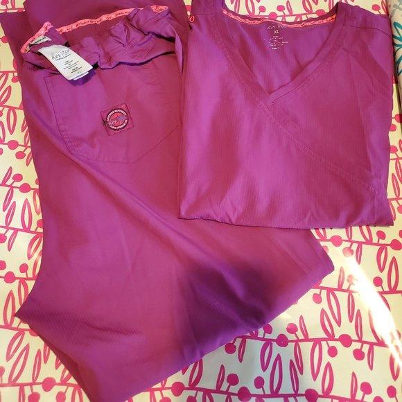 KOI Lite Scrub set pink/fuschia